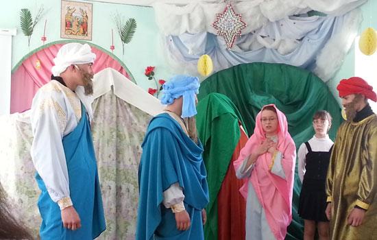 Выступление воспитанников Арефинской воскресной школы